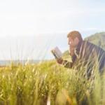 心震える読書体験を伴う「人生の節目となった本5冊」